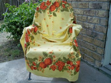 Vintage 1950s Country Farm Fruit Floral Tablecloth