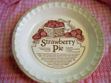 Vintage Strawberry Pie Plate Ceramic Mint